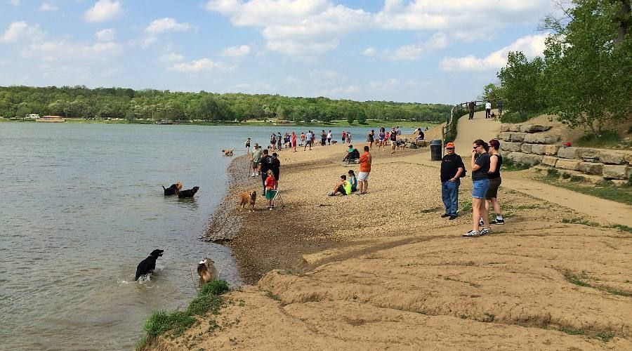 Shawnee: Shawnee Mission Park Dog Off-Leash Area - NC Dogphrendly ...